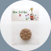 Samenbombe_die_ Gärtnerin_giveaway_werbemittel_öko_bio_samenball_samenbomben_seedbombs_seedballs_name_logo_eigener_text_personalisiert